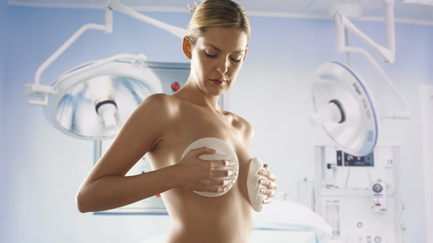 Cambio de prótesis mamaria en Valencia - Dr Bistoni